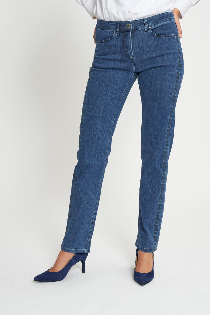 Charlotte Embroidery Regular ML - Medium Blue Denim