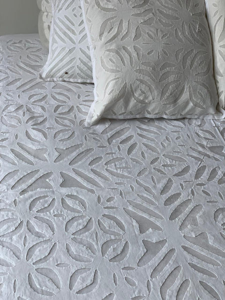 Cubrecama Cutwork oriental (270cm x 240cm) PPM225 - BOUTIQUE DE LA INDIA