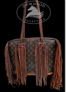Louis Vuitton Authentic Baby Lone style