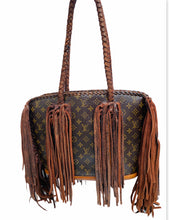 Load image into Gallery viewer, Louis Vuitton Authentic Baby Lone style