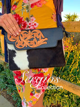 Load image into Gallery viewer, Tooled cowhide enveloped crossbody bag