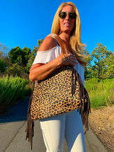 Load image into Gallery viewer, The Tiffany Cheetah shoulder bag