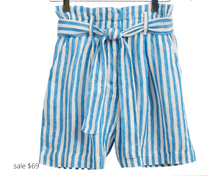 Load image into Gallery viewer, https://fahertybrand.com/collections/womens-shorts-2/products/cypress-short-daphne-stripe
