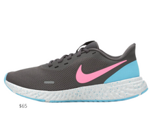 Load image into Gallery viewer, https://www.shoecarnival.com/womens_nike_revolution_5_running_shoes/67-1883546.html?gclid=EAIaIQobChMIgLqGrsnr6wIVE9bACh3KUwLdEAQYDiABEgKnD_D_BwE&gclsrc=aw.ds&ocid=PS-GGL-PLA-102240