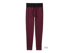 Load image into Gallery viewer, https://tommyjohn.com/collections/womens-lounge-jogger/?color=winetasting-black-colorblock
