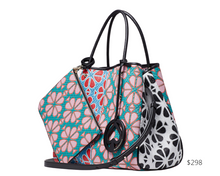 Load image into Gallery viewer, https://www.katespade.com/products/everything-spade-flower-medium-tote/PXRUB218.html?cgid=ks-handbags-view-all