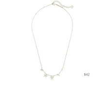 Load image into Gallery viewer, https://www.kendrascott.com/jewelry/categories/all-jewelry/jae-choker.html?dwvar_jae-choker_metal=GLD&cgid=all-jewelry#srule=trending-now&start=12&sz=24