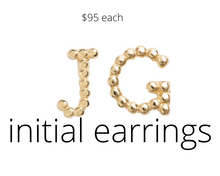Load image into Gallery viewer, https://shop.nordstrom.com/s/bony-levy-single-initial-stud-earring-nordstrom-exclusive/4513835?origin=category-personalizedsort&breadcrumb=Home%2FWomen%2FJewelry%2FEarrings&color=yellow+gold+-+g