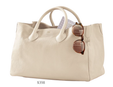 Load image into Gallery viewer, https://www.markandgraham.com/products/elisabetta-handbag/?pkey=cpersonalized-totes&isx=0.0.1523