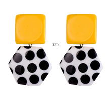 Load image into Gallery viewer, https://www.annvoyage.com/products/lille-big-drop-square-hexagon-statement-earrings?variant=19873548632126