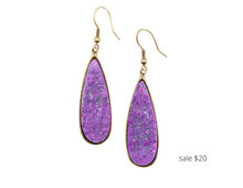 Load image into Gallery viewer, https://www.kinsleyarmelle.com/products/druzy-collection-royal-quartz-drop-earrings