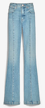 Load image into Gallery viewer, https://www.express.com/clothing/women/high-waisted-seamed-slim-flare-jeans/pro/07159455/color/Medium%20Wash/e/regular/