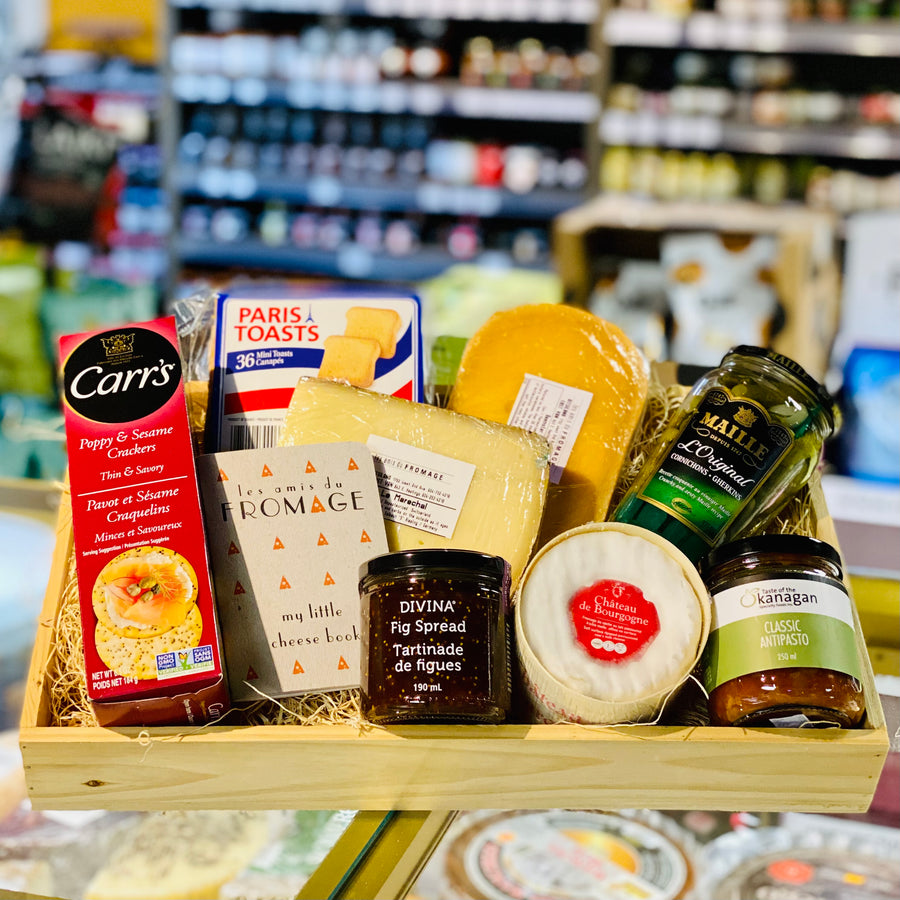 Gift Basket: Classic Cheese Lovers