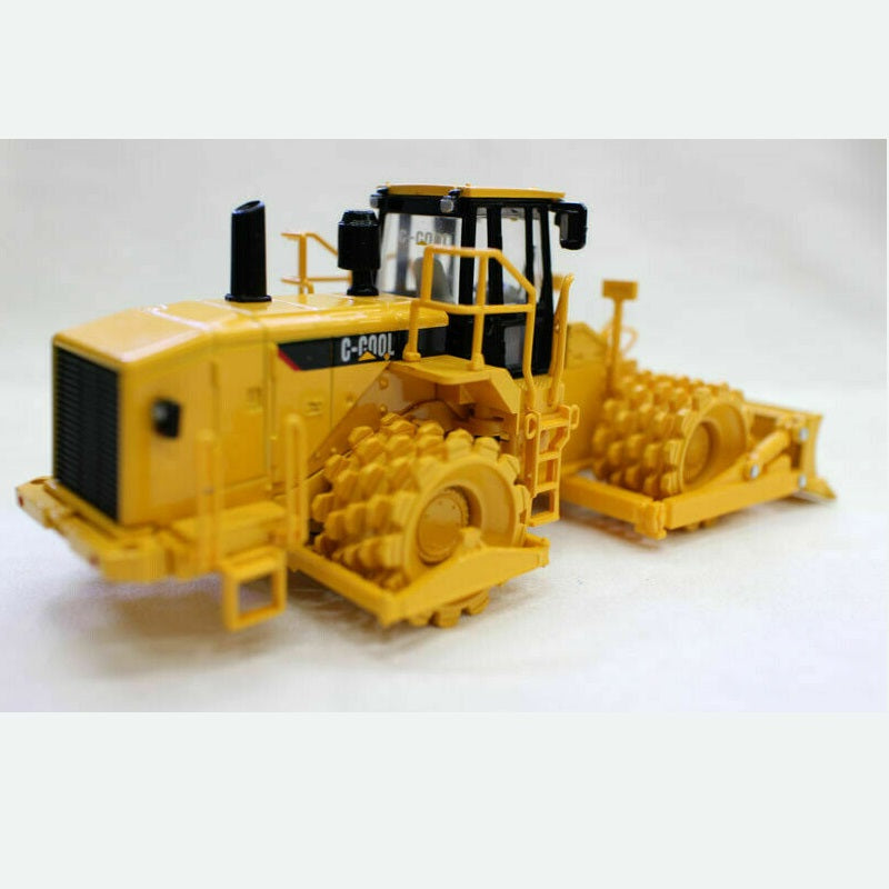 C-Cool Soil Compactor Collectable 1/64