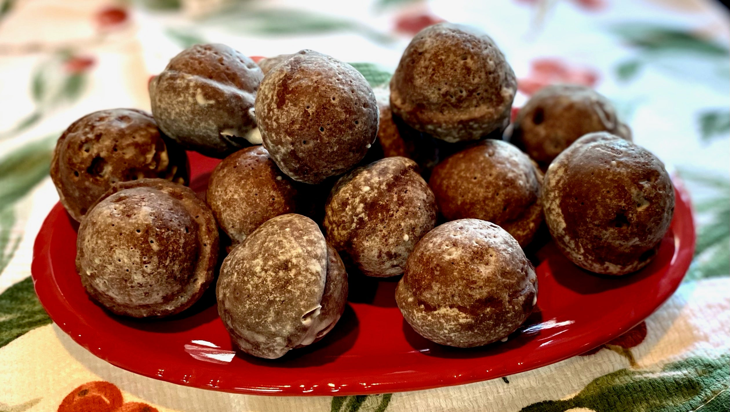 Glazed Chocolate Doughnut Holes