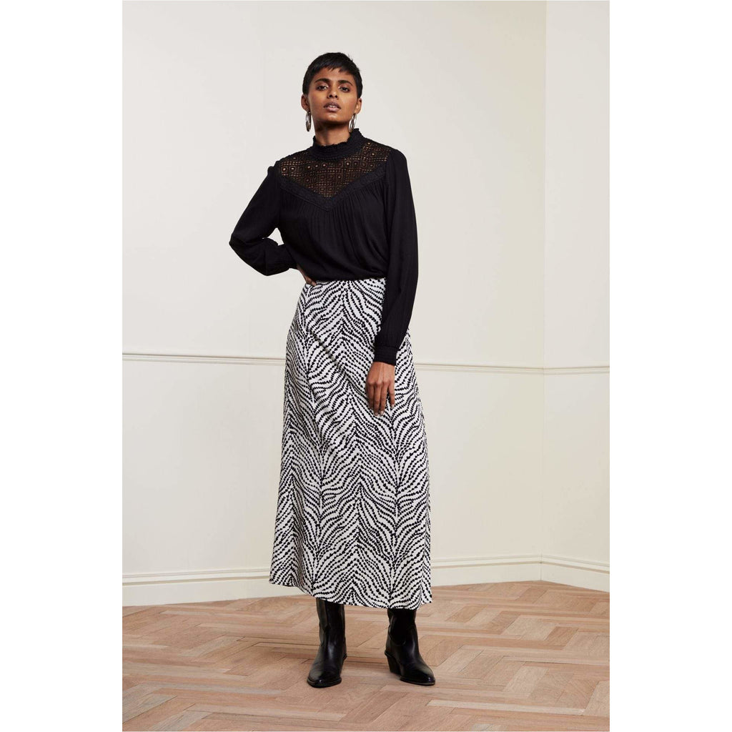 Fabienne Chapot | Laurie Skirt Black Heart Lines | She Stories