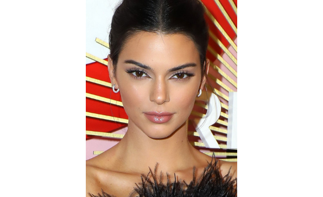 Kendall Jenner Instant Face Lift Tapes