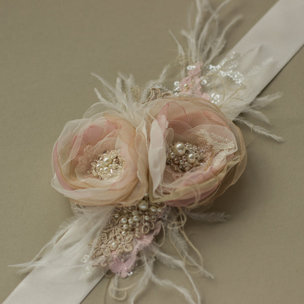 Blush pink bridal belt sash with feathers. Romantic dusty blush wedding belt sash