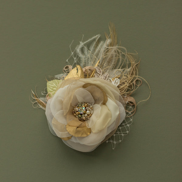 Champagne Gold bridal flower hairpiece, Wedding headpiece fascinator