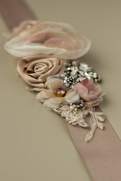 Romantic Bridal belt sash. Natural dusty pink wedding dress belt sash.