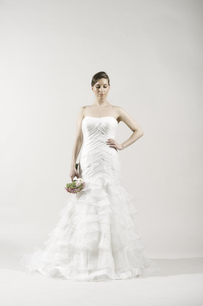 Alita Graham 7807 White Organza Gown for Kleinfeld – Instant Filters 2