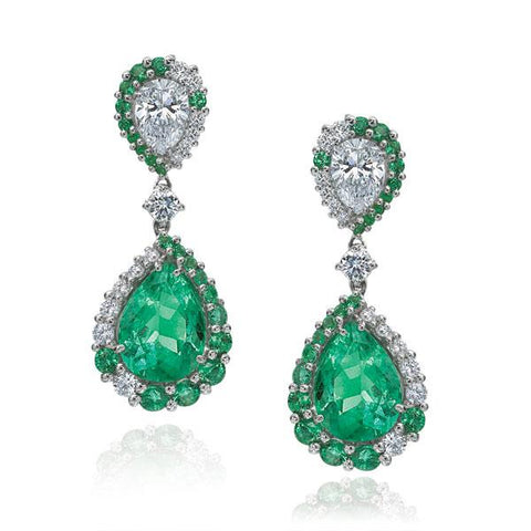 Luxury Signature 18k White Gold Earrings With Pear Shaped Diamonds And Emeralds