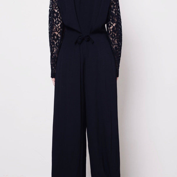 Black Laced Jumpsuit / Crni Čipkani Kombinezon