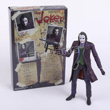 Figurines Bruce Wayne Clark Kent The Joker - Enjouet