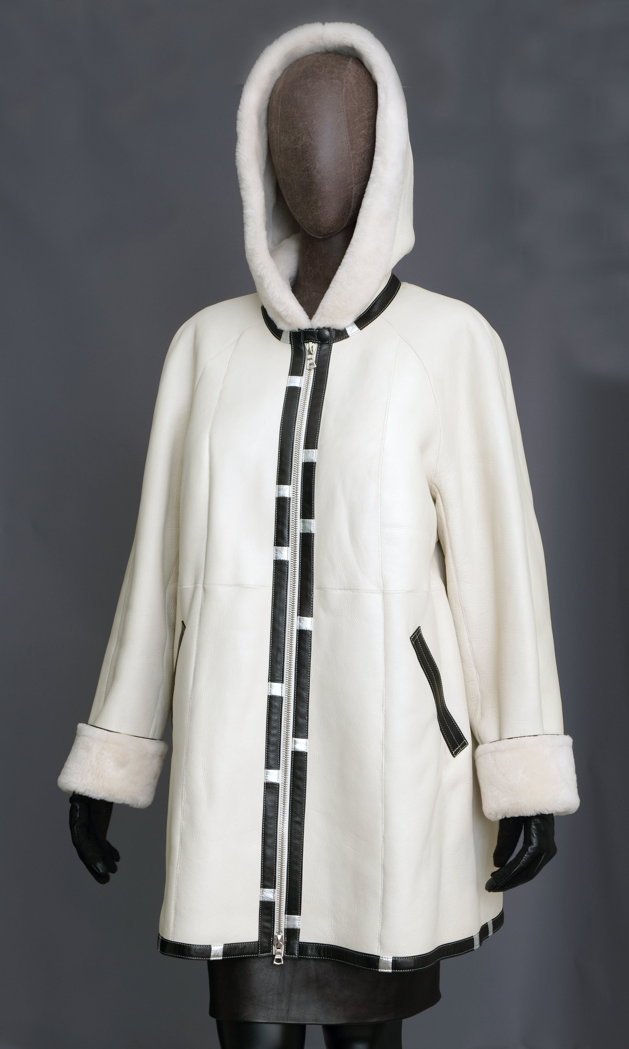 Snow White Short Swing Coat/Hood xxl