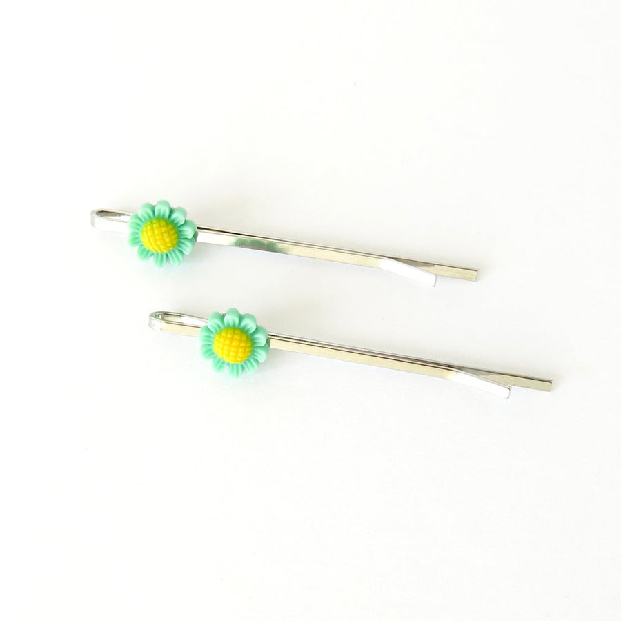 Daisy Field Hair Pin by MoonRox Jewellery & Accessories - sweet floral bobby pin in turquoise and yellow