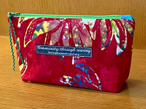 Zipper Bag, Red Batik