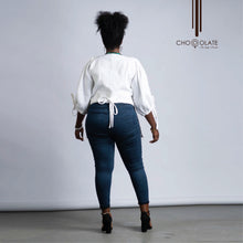 Load image into Gallery viewer, White Double Pocketed Booty Jacket
