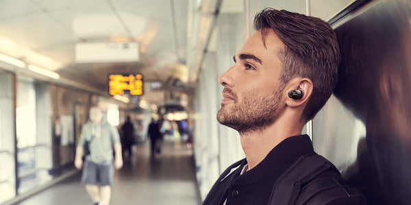 Sony WF1000X wireless noise-canceling earphone