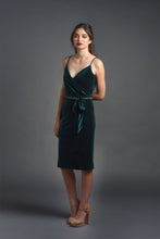 Load image into Gallery viewer, Jacqui - Velvet dress