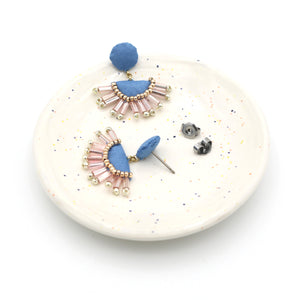 Deco Drop Studs (Cornflower)