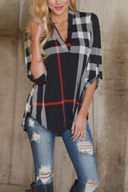 Fashion Plaid Printed V-Neck Cropped Shirt