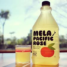 MELA PACIFIC ROSE APPLE JUICE 2L