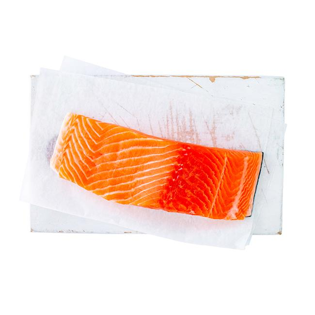 MOUNT COOK ALPINE SALMON FILLET - BONE IN KG