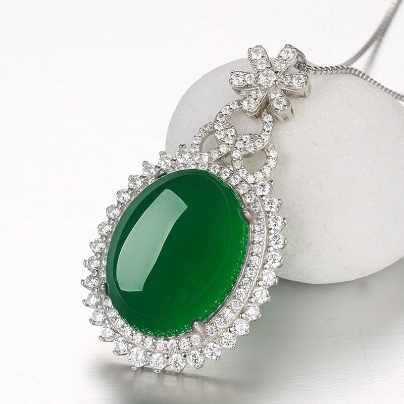Emerald Corundum  Necklace