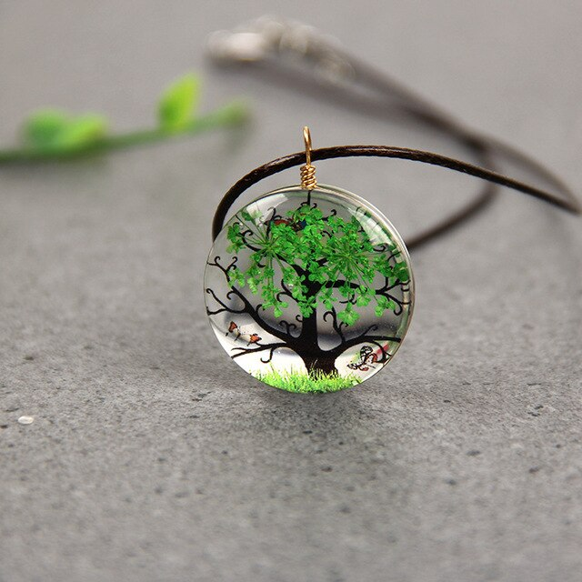 Fashion Tree Pendant Necklace