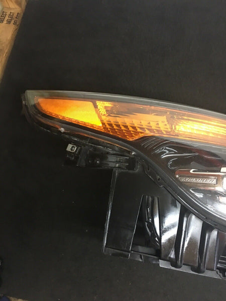 FORD EXPLORER 2011-2015 Right RH Passenger Side Xenon HID Headlight OEM