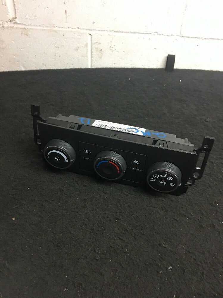 Chevrolet GMC Cadillac Air Condition Control Part# 20887816 OEM Original