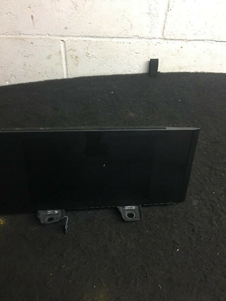 Lexus Is350 Is300 Navigation Display Screen Dash GPS Part# 8611053022 Fits 14-17