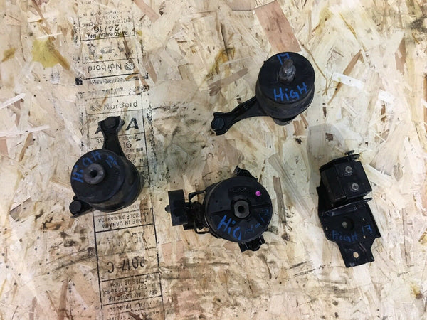 TOYOTA Highlander 2017 Engine Support Mounts Set Of All Four 4 OEM