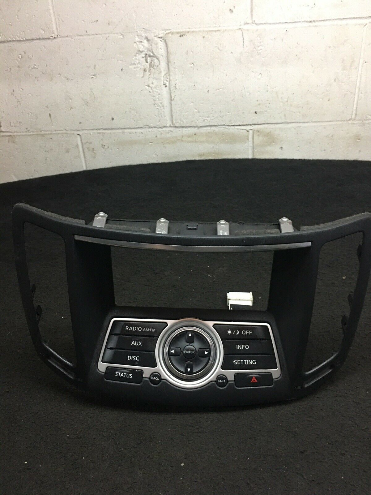 INFINITI G37 08-13 Center Navigation Radio Bezel Unit W Controls 28395-JK60B OEM