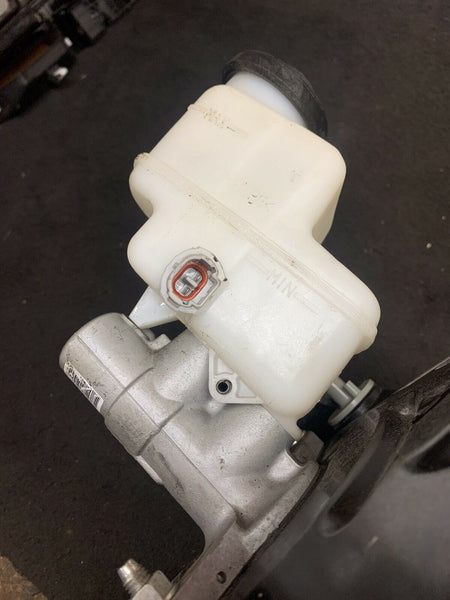 TOYOTA RAV4 2013-2018 Electric Brake Booster Cylinder OEM