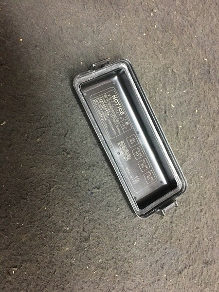 TOYOTA Highlander Fuse Box Relay Holder Part# 826620E190 Fit2014 2015 2016 2017