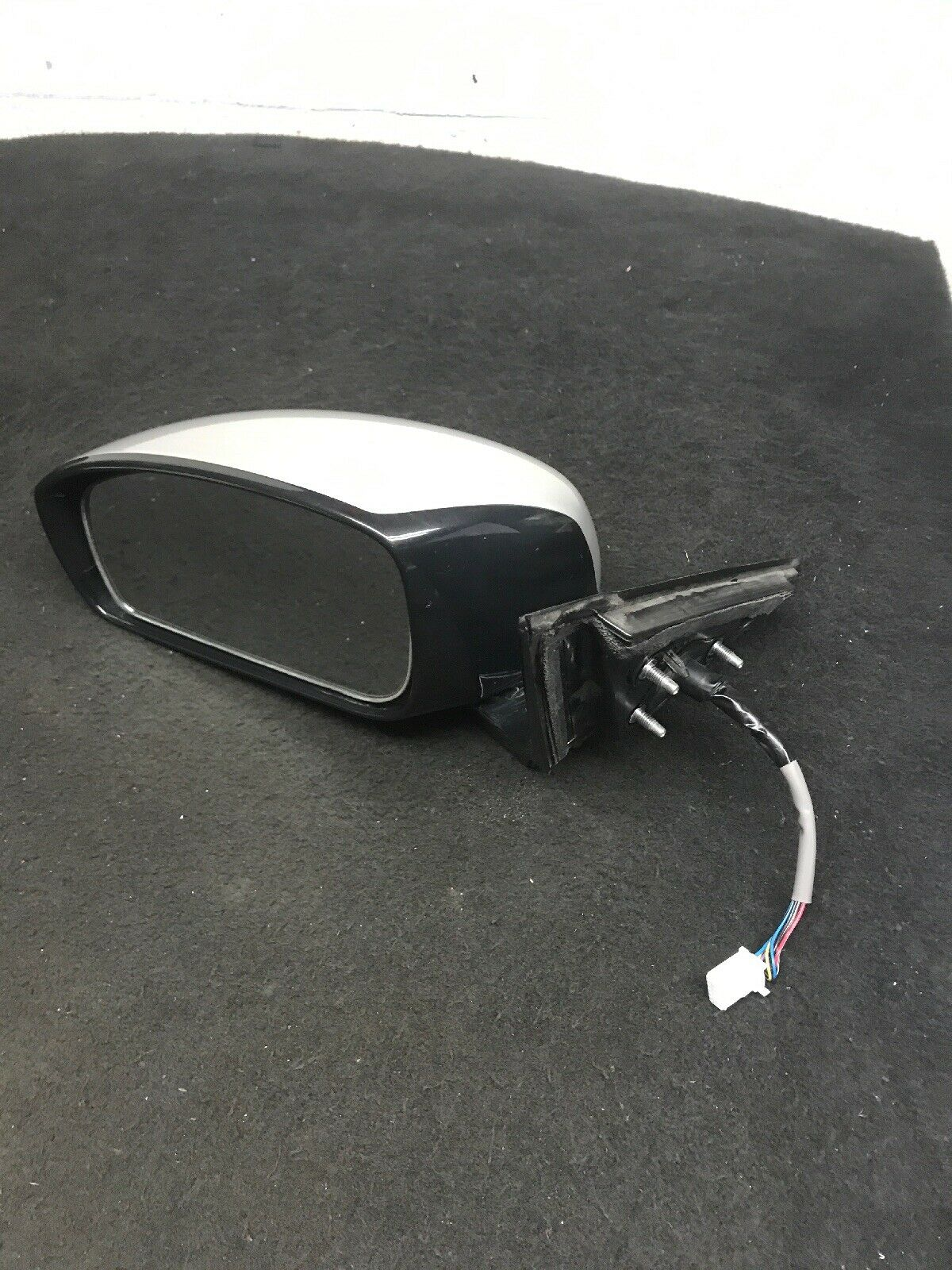 Infiniti G37 Mirror OEM Left Fits 2007-2008