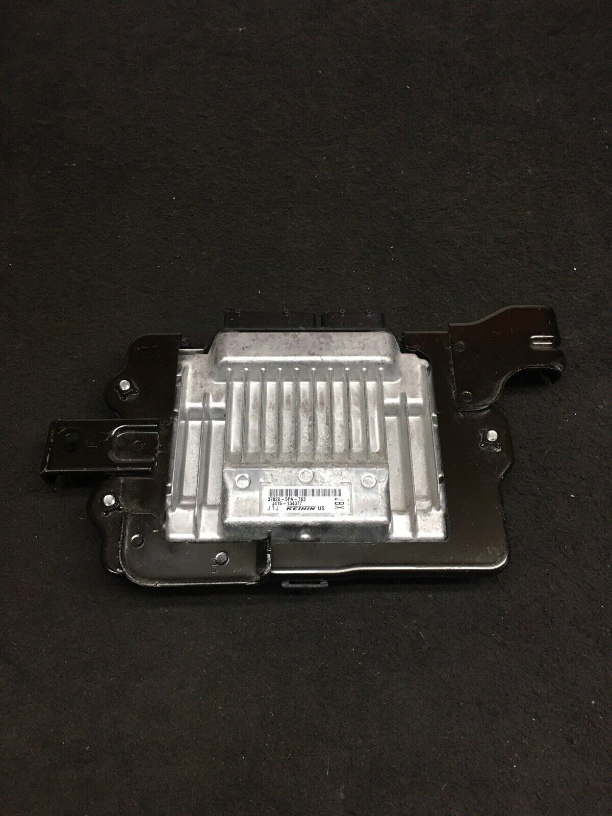 HONDA CRV CR-V 2017-2018 Engine Computer Module Unit ECM ECU 37820-5PA-763 OEM