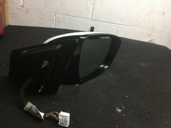 Nissan Murano Right Side Mirror heated With Signal And Camera white Fits 14 17
